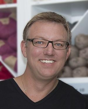 Lennart Yarn Facial Small