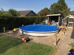 Pool14 300x225