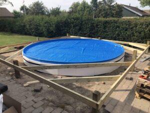Pool15 300x225
